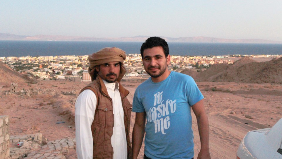 مع صديقي حميد  في دهب .. فبراير 2014