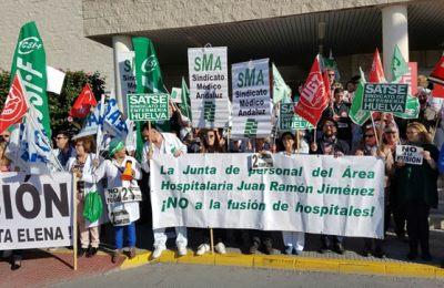 concentracion_sindicatos_huelva_interior_15112016_consalud