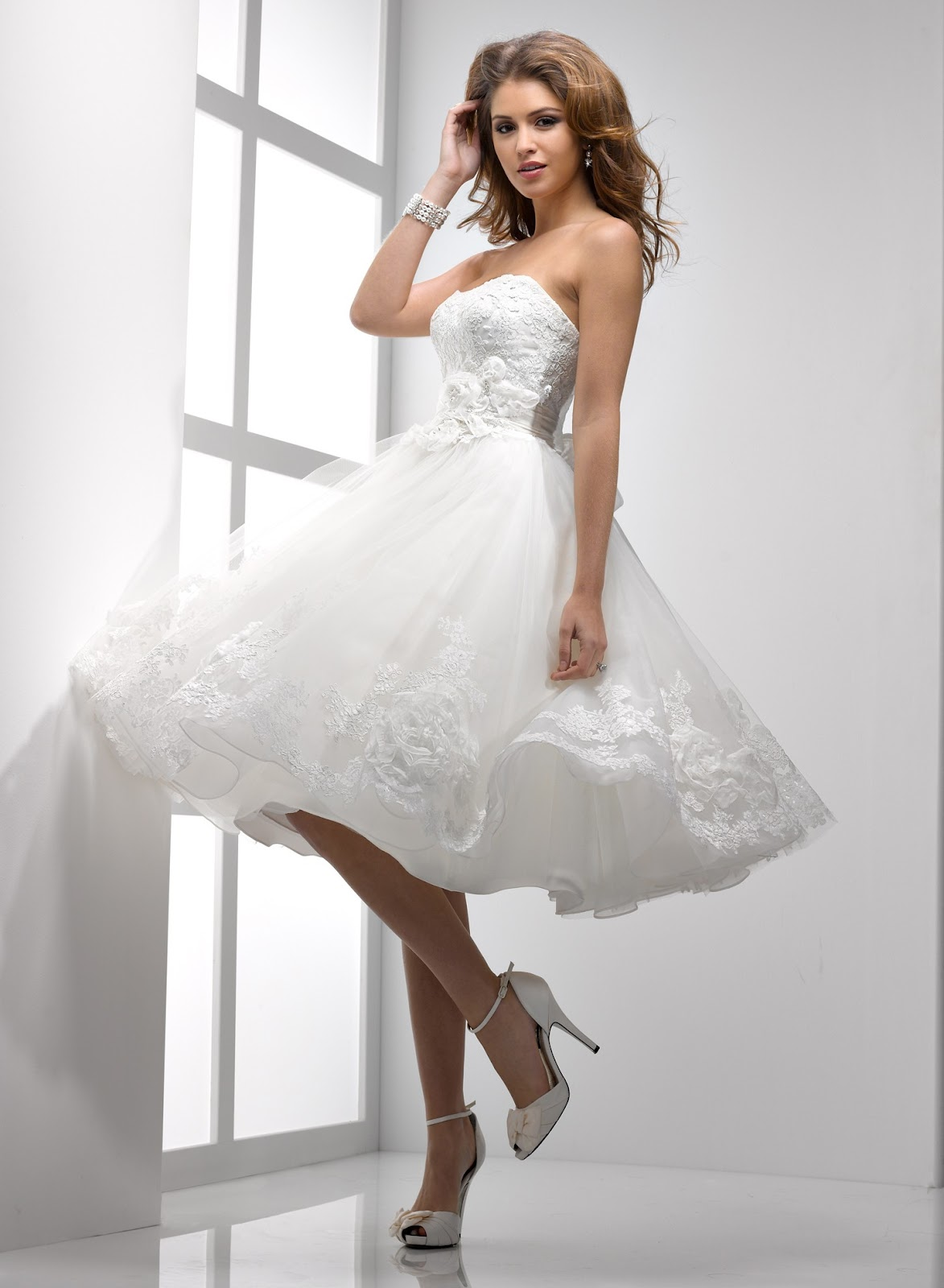 a short lace wedding dress is a perfect wedding dress perfect wedding dress short lace wedding dress 1