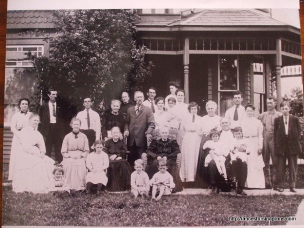 Vera and Guy Anderson and families 1909