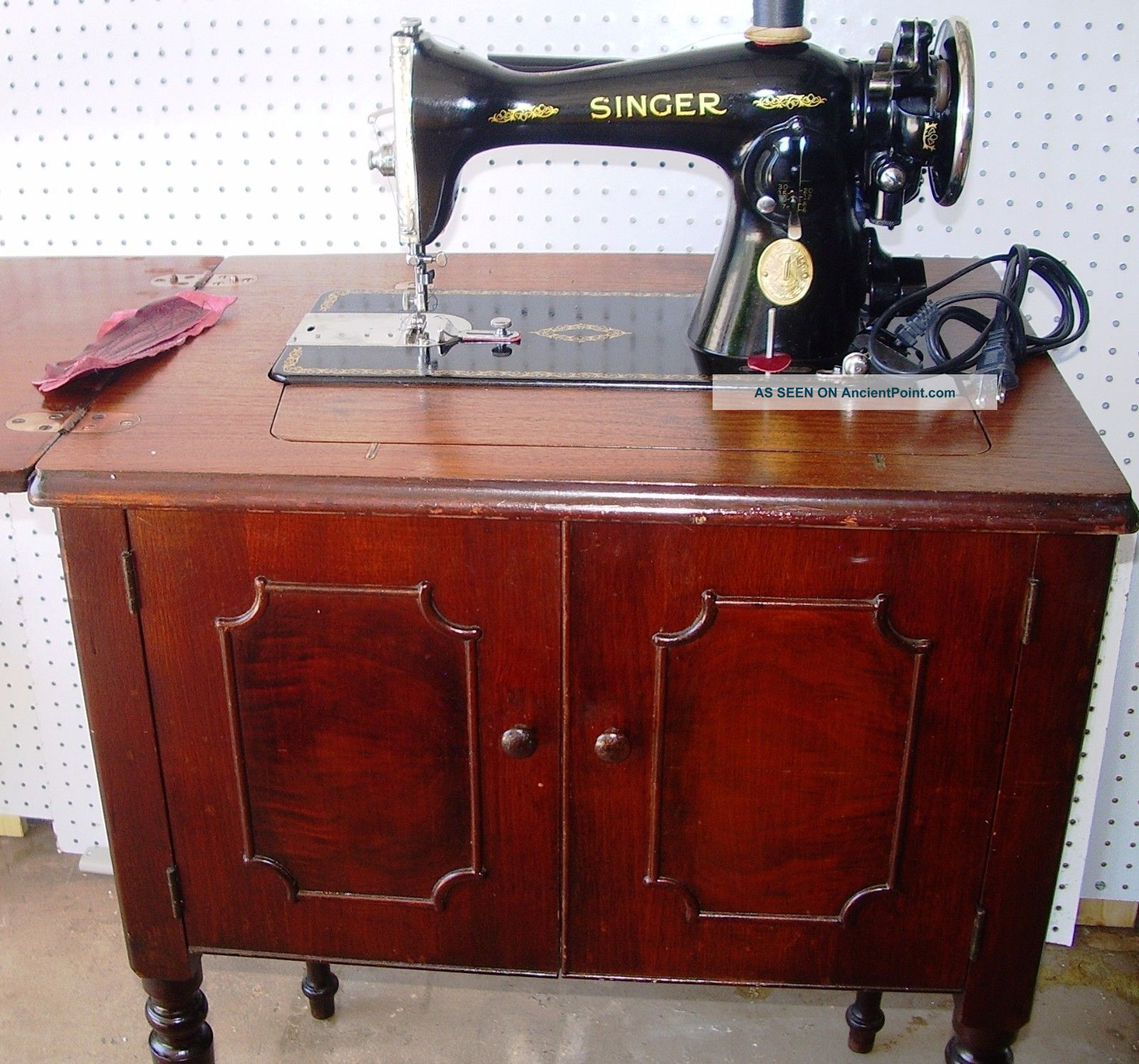 Splendent Singer 15 91 Direct Drive Sewing Machine Egyptian Scroll 47walnut Cabinet 1935 1 Lgw Singer 15 91 Adjusters Manual Singer 15 91 Zigzag Attachment houzz 01 Singer 15 91
