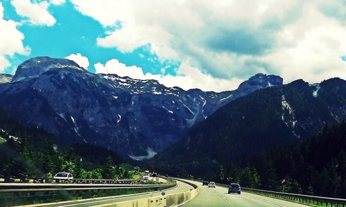 Alpii, văzuți din mașină