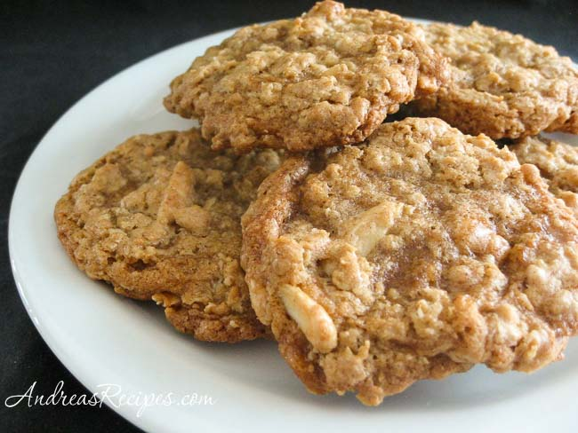 Chewy Oatmeal Cookies with Almonds and Toffee Chips