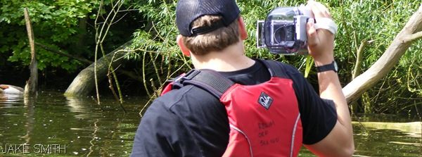 WATERTIGHT_Special camera equipment was used on the water. (DoE-BrPr_42)
