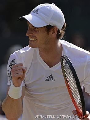 WINNER: Murray wins.
