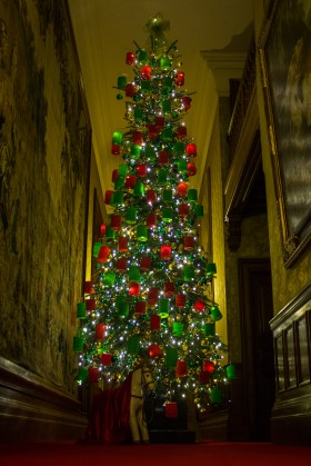 Although not all parts of the house were open, even the inaccessible corridors were decorated.