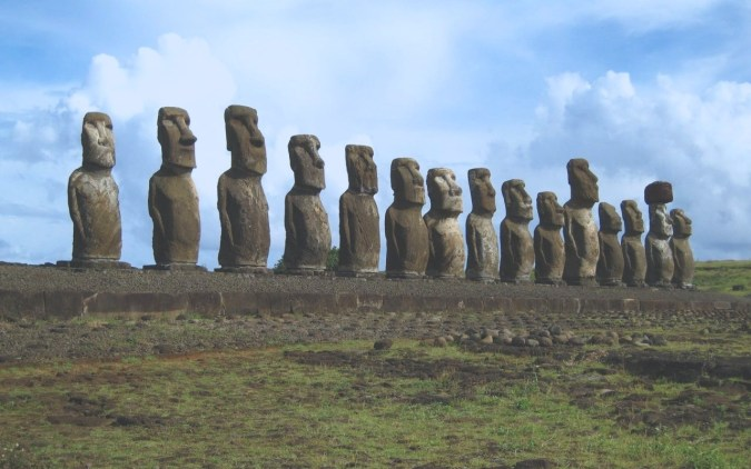 easter-island-statue-ancient-architecture-165206