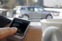 Galaxy-Gear-and-BMW-i3_4