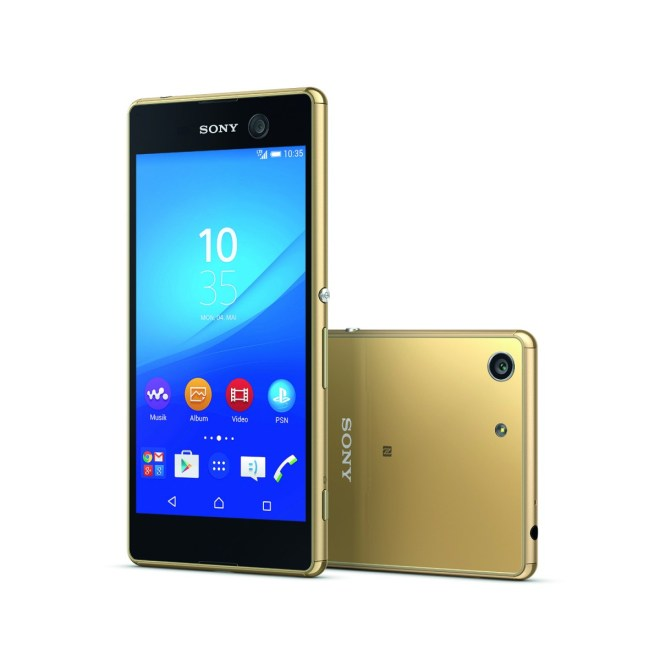 Xperia-M5_gold_group_DE-802631343e7503a5117a4dedaa93f662