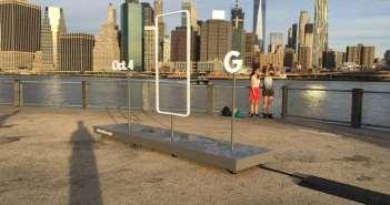 Google nos prepara para el 4 de octubre con una serie de curiosos teasers con la silueta de un smartphone