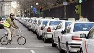 taxista-huelga-madrid-uber1