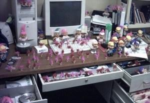 Broma escritorio rosa