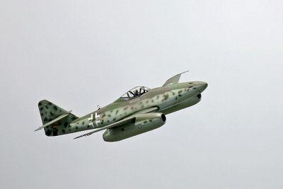640px-Me_262_flight_show_at_ILA_2006