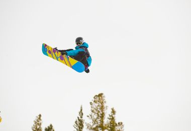 1024px-Kelly_Clark_@_Mammoth_Mountain_Ca