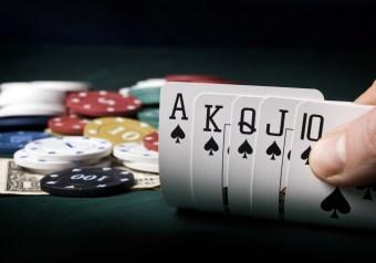 video games gambling royal flush