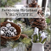 Farmhouse Christmas Vignette :: Creating Christmas Memories with Vignettes No. 6