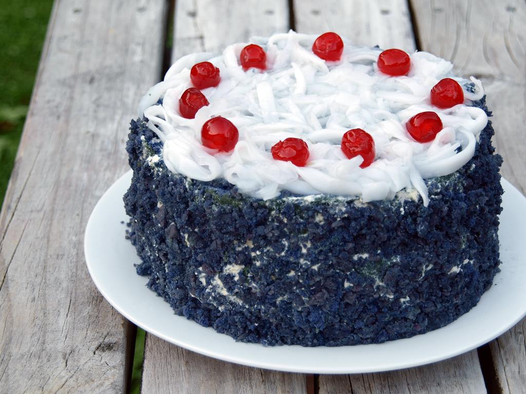 Ube Macapuno Cake Red Ribbon