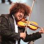 http://ticketcamp.net/live-blog/20150921-hakase-taro-violin/2/