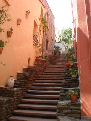 pretty stairway in Collioure