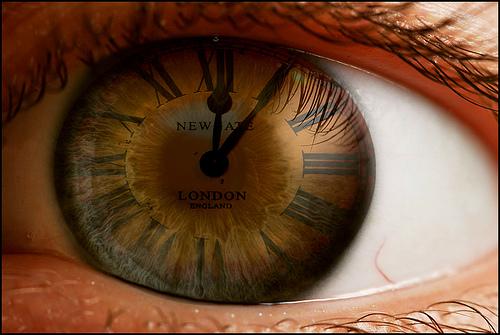 """Γιατί ο χρόνος """"τρέχει"""" γρηγορότερα όσο μεγαλώνουμε;"""
