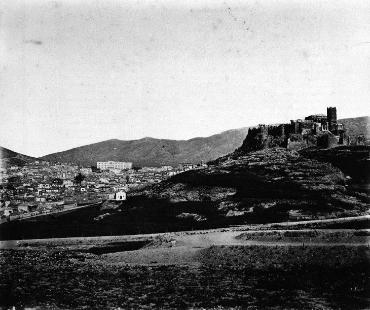 Ακρόπολη και η υπόλοιπη Αθήνα από δίπλα...