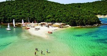 Παραλία Μπέλα Βράκα στα Σύβοτα Θεσπρωτίας