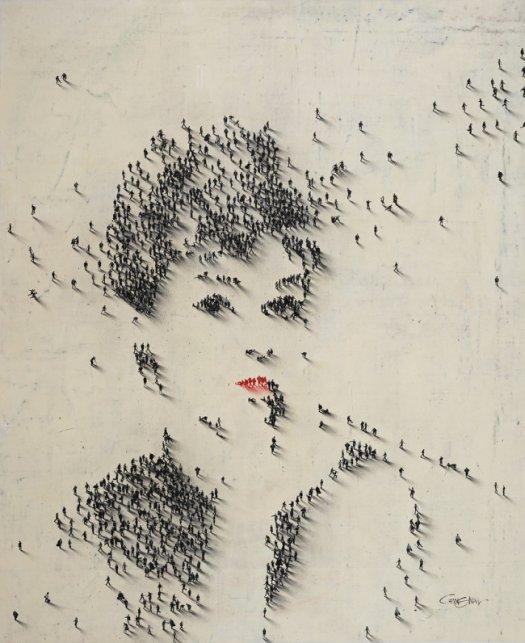 H καλλιτέχνης Alan Craig δημιουργεί γιγαντιαία πορτρέτα μέσω αεροφωτογραφιών, με γραμμές που σχηματίζονται από αληθινούς ανθρώπους.