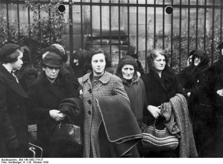 Ausweisung d. poln. Juden aus Nbg. Freitag d. 28. Okt. 1938 H. Großberger, Nürnberg Bildarchiv Franken