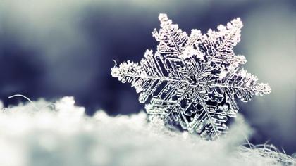 abstract winter season snow minimalisti