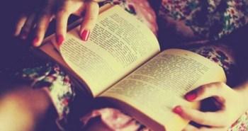 women-dress-reading-books-turkish-nail-polish_b2