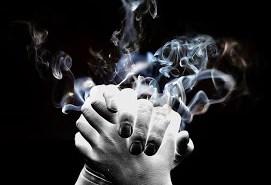 smoke hands_recorte 2