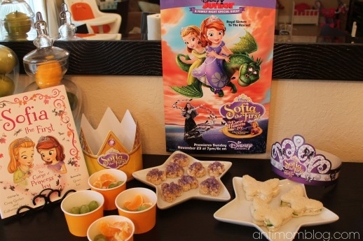 Sofia the First: The Curse of Princess Ivy House Party