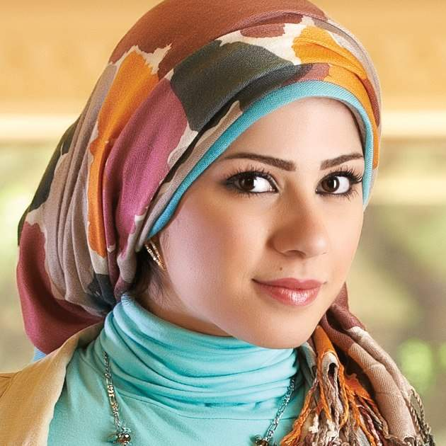 لفات حجاب مميزة Img_girls-ly1409903950_577