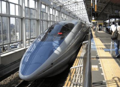 金券ショップや往復割引よりも安く新幹線に乗る方法見つけたった。