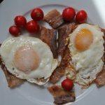 Ham and eggs, Marina B