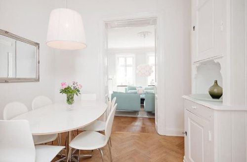 White-Small-Apartment-Dining-Room-Interior-Design