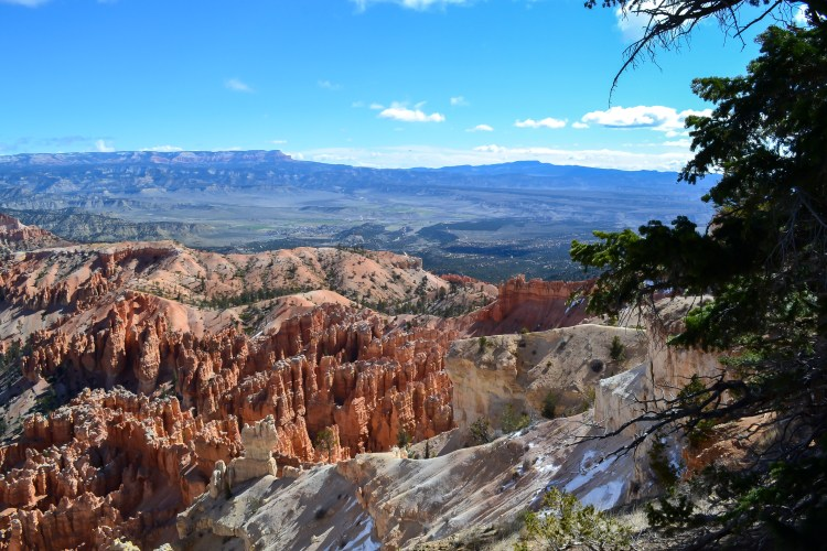 Bryce Canyon National Park in ONE day! You really can do a lot! // www.apassionandapassport.com