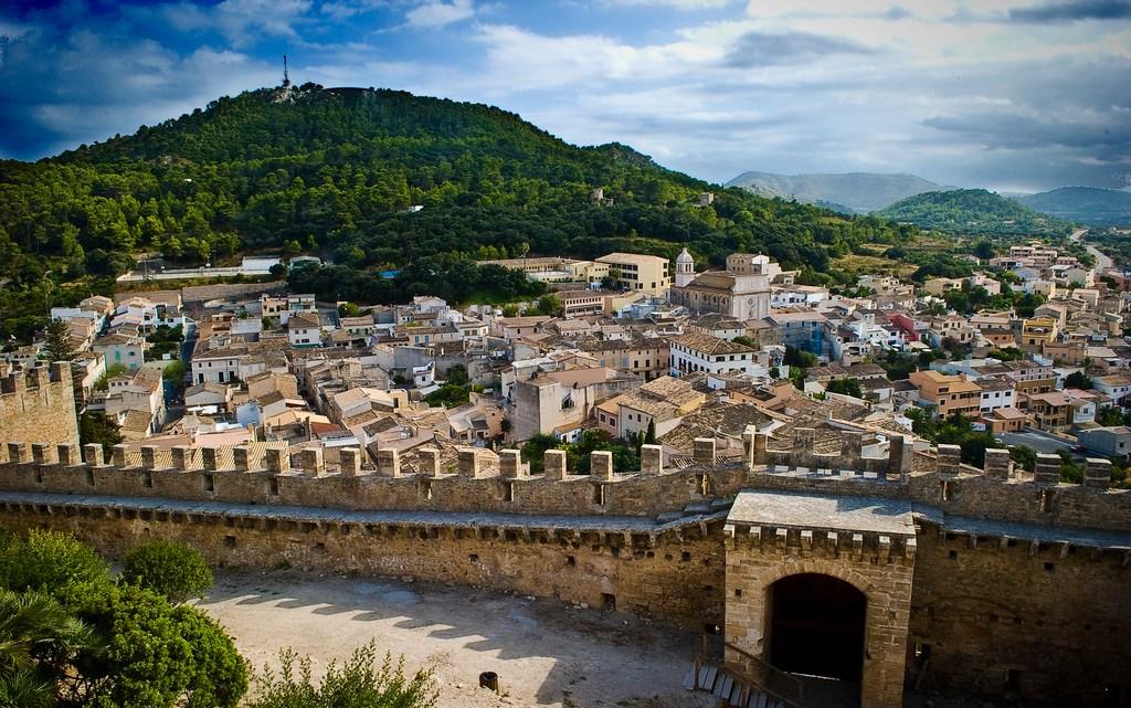 15 Best Things to do in Majorca, Spain