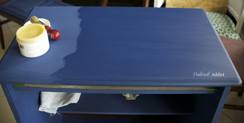 chalk paint with and without wax