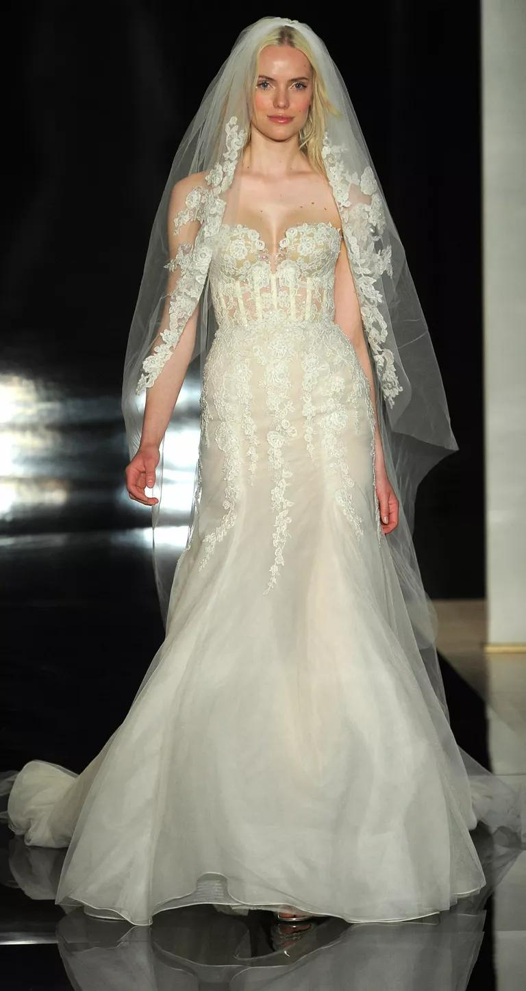 reem acra wedding dresses bridal fashion week spring sexy wedding dress Fit and flare silk organza gown with embroidered lace matching veil wedding dress from Reem