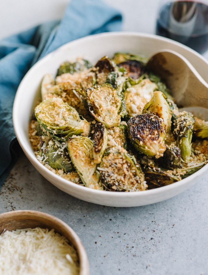 Garlic Parmesan Brussels Sprouts- the only brussels sprout recipe you will EVER need! These are insanely addictive.