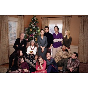 Chic Family Stone Heartwarming Dysctional Family Holiday Movies A Family S Pets Family S Ideas