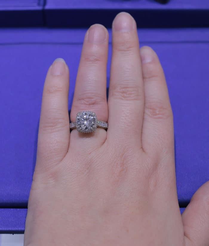 Tacori-Engagement-Ring-Cushion-Cut-with-Halo