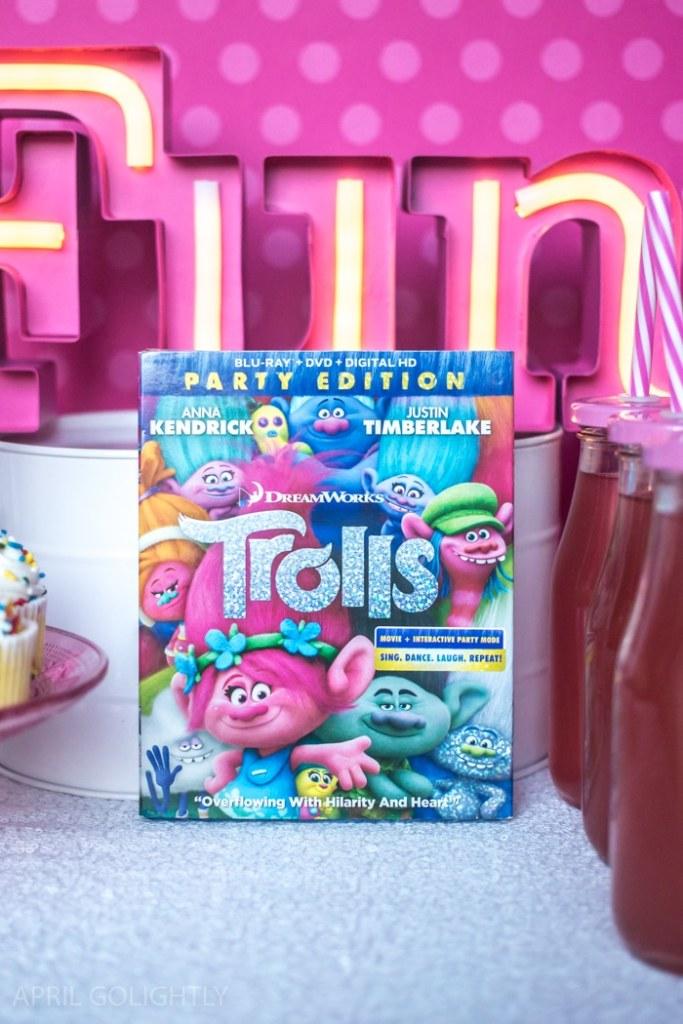 DreamWorks Trolls Party Edition – Princess Poppy Inspired DIY Headbands