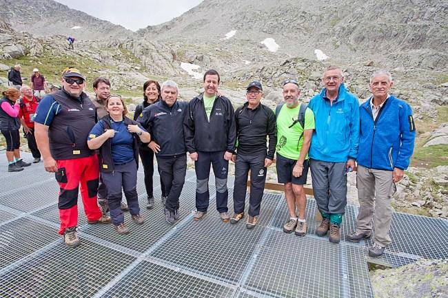 Luis Masgrau (centro) con representantes de las federaciones de Montaña (FEEC, FEMECV, FEDME), y el Club Alpino Francés de Tarbes.
