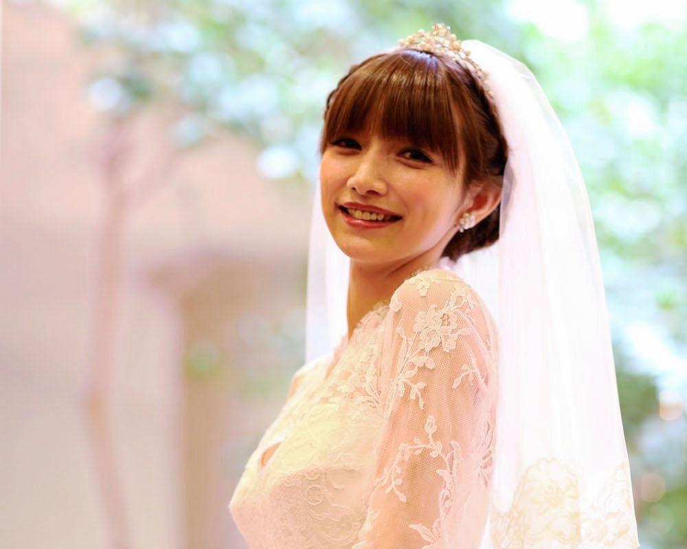 Goto Maki  holds wedding ceremony