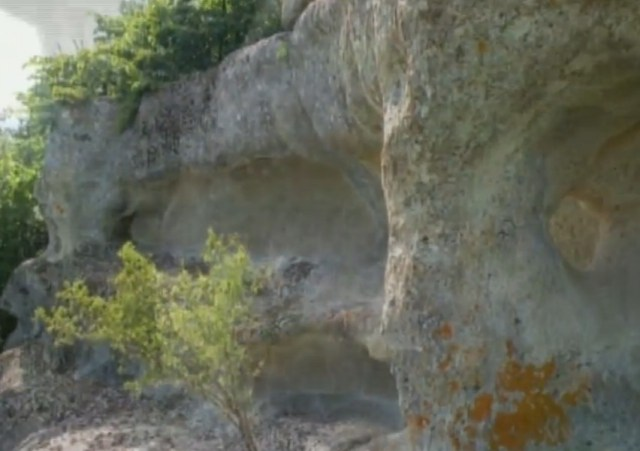 The sun temple hacked inside the Thracian rock pyramid. Photos: TV grabs from BNT 2