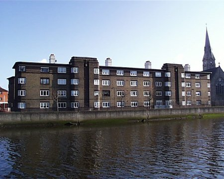 thorncastle_street_corp_flats_lge