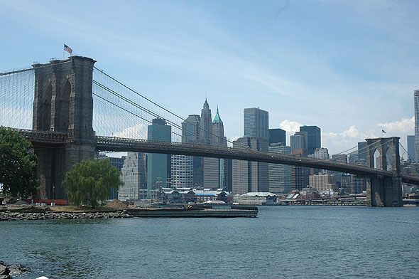 brooklyn_bridge_lge.jpg
