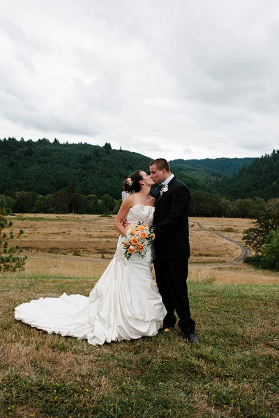 Oregon Fall Wedding